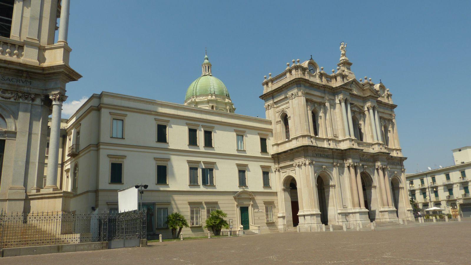 Pompeje - poutní kostel