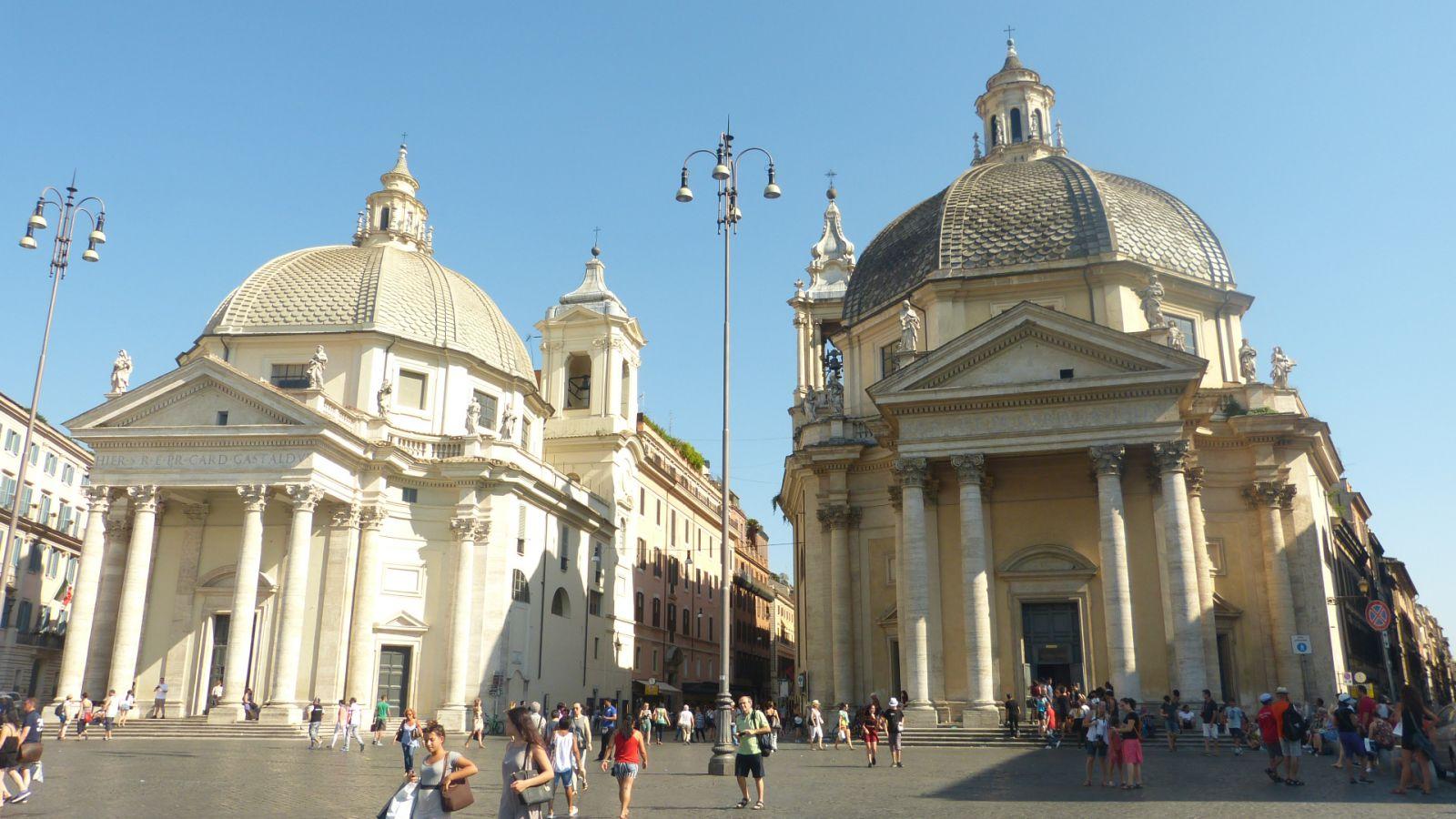 "Piazza del Popolo - kostely ""dvojčata"""