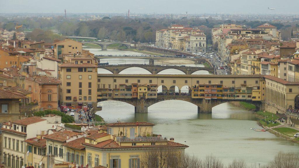 Arno - mosty