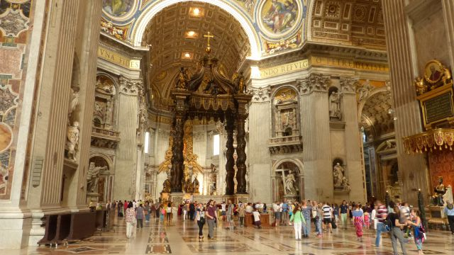 Bazilika sv. Petra - interiér