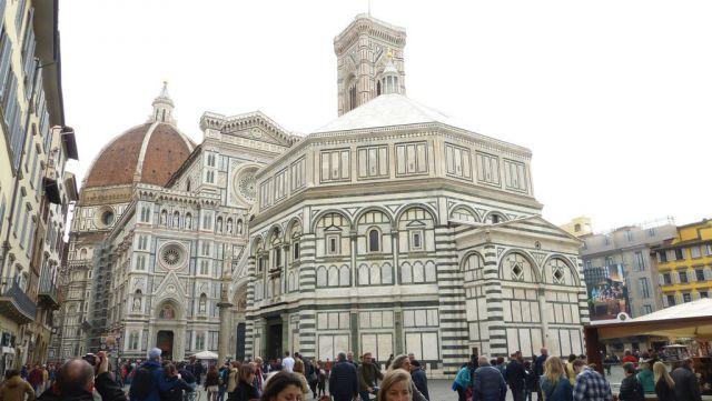 Florencie - Dóm s baptisteriem a zvonicí