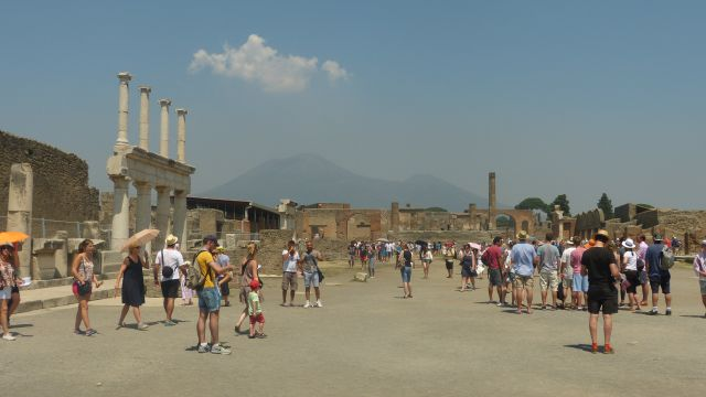 Pompeje - Forum