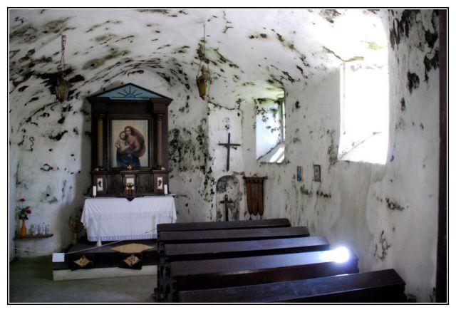 GCYMB7 - Skalní kaple