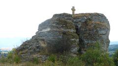 Travertinový kříž u Bešeňové