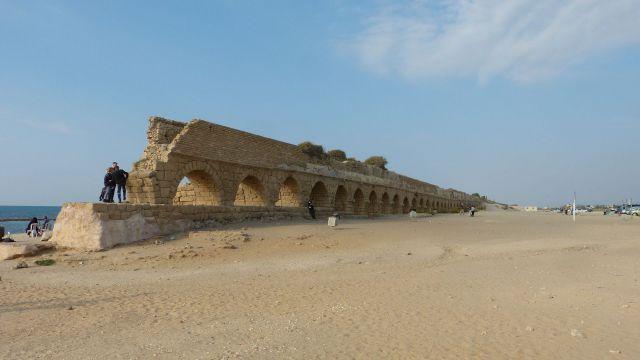 Caesarea - akvadukt