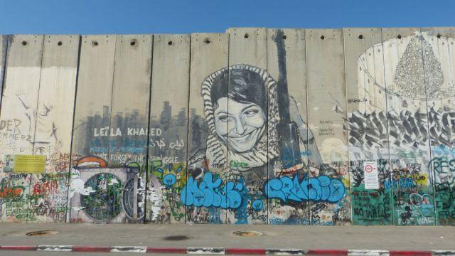 Betlém - zeď - graffiti