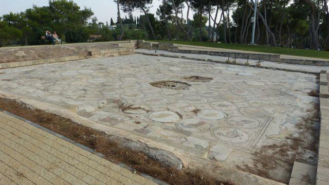 Caesarea - Ptačí mozaika