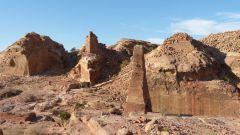 Petra - obelisk
