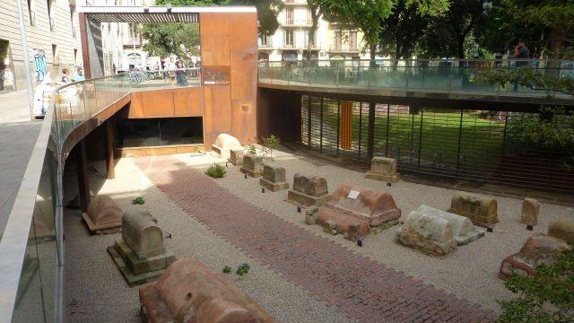 Barcelona - Via Sepulcral Romana
