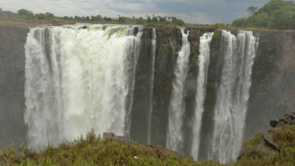 Viktoriiny vodopády - střední část