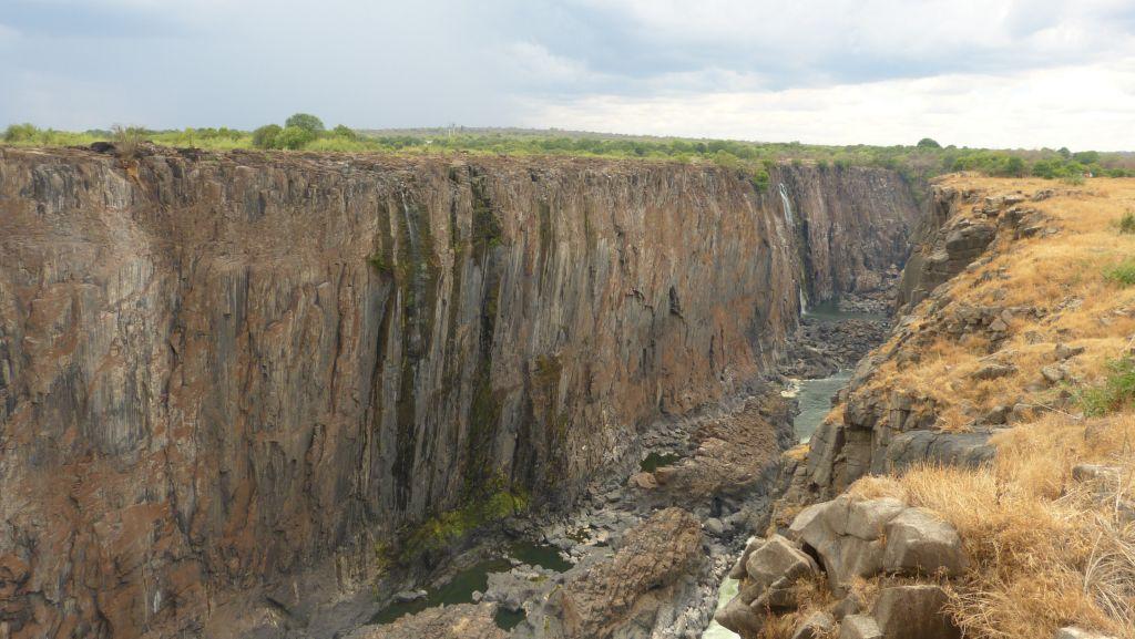 Viktoriiny vodopády - východní část