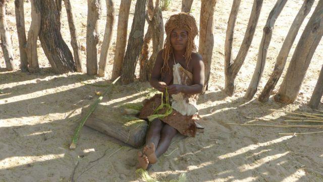 Mbunza Living Museum - výroba rostliných vláken
