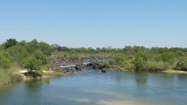 Popa Falls na řece Okavango