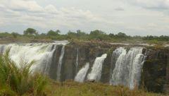 Viktoriiny vodopád - příchod na koupání