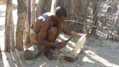 Mbunza Living Museum - opracování dřeva
