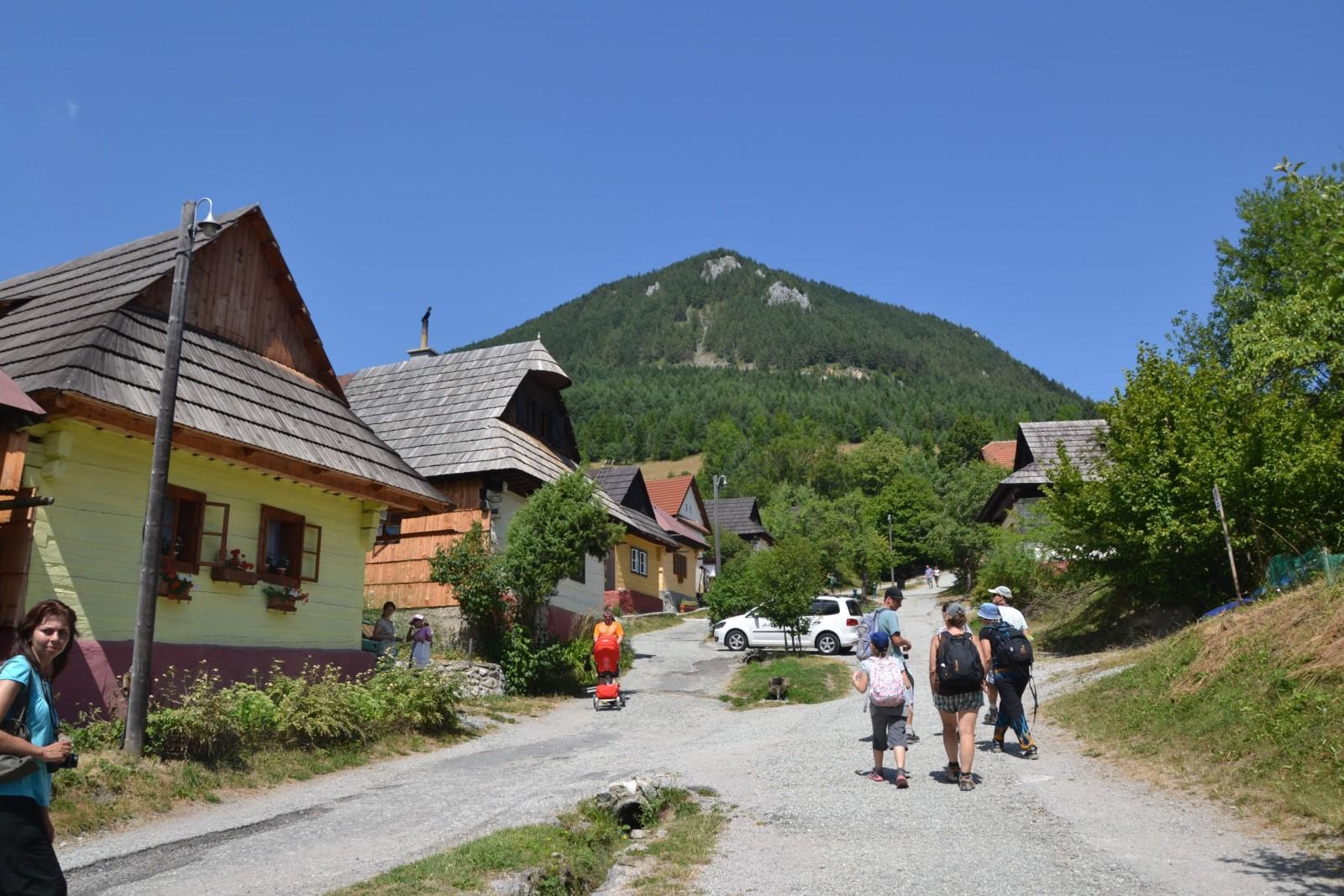 13 08 06 13.02.45 Vlkolínec - obec v seznamu UNESCO