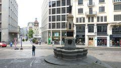 Ženeva - fontána La Fontaine de l'Escalade