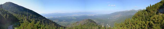 13 08 03 08.21.31 Panorama cestou na Kriváň