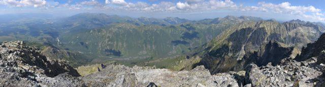 13 08 03 11.02.09 Panorama z vrcholu Kriváně