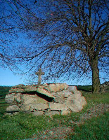 GC151TV Kříž u stromu