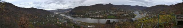 13 11 09 11.20.12 Panorama z vyhlídky na Vrkoči