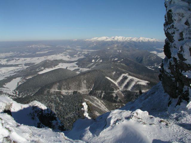 04 02 20 14.20.34 Průhled Z vrcholku Choče Na Západní Tatry