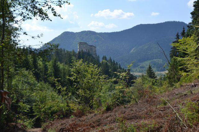 13_08_07 13.40.14 Pohled na hrad Likava.jpg