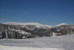 12 01 27 12.08.22 Pohled Na Luční horu, Studničnou, Obří důl A Sněžku Od Husovy boudy
