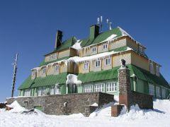 04 03 06 12.09.08 Masarykova chata Na Šerlichu V zimní kráse