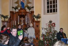 13 12 24 01.00.00 Vytrubování koled v Kapli panny Marie Sněžné na Hvězdě