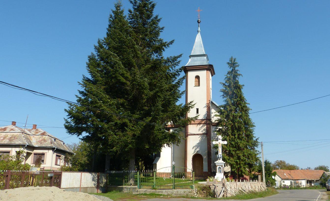Malé Slemence - kostel