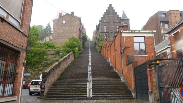 Montagne de Bueren v Liège